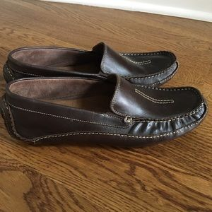 Men's Clark's Brown leather loafers. size 10 1/2